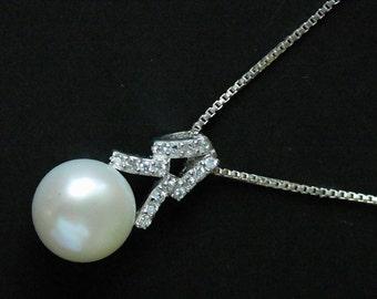 Vintage Sterling Silver Pearl & CZ Necklace pendant
