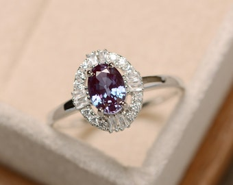 Alexandrite ring, oval cut, gemstone alexandrite, delicate ring, sterling silver