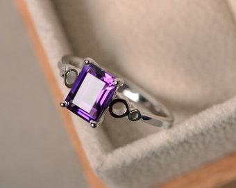 Natural amethyst ring, purple amethyst gemstone, solitaire engagement, sterling sivler