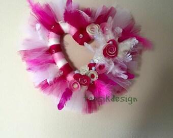 Heart Wreath, Felt Flowers Wreath, Heart Shaped Wreath, Mothers Day Wreath, Valentine Wreath, Home Decor, Wall Decor, Flower Wreath