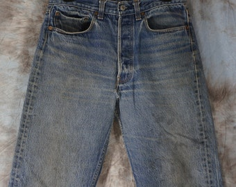 30W x 32L Levis 80's Vintage LEVI'S 501 - measurements are listed in detail. Stock No 331