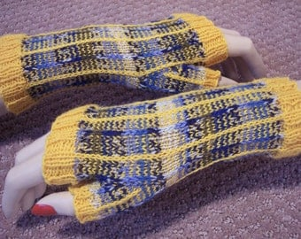 Yellow and blue fingerless gloves designed by Kvaustin