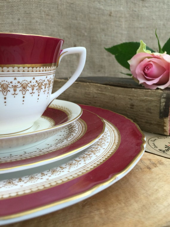 Vintage Royal Worcester Belvoir Bone China Tea Cup and Plates  - Mismatch 4 Piece China Set / China Tea Trio Red Cream Gold / Gift Idea