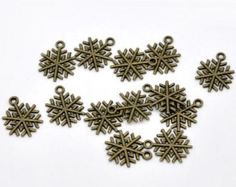 10 Bronze Snowflake Pendants Charms - 20mm