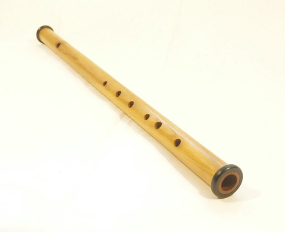 how to play flute with 7 holes