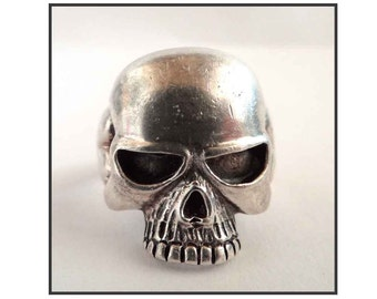 VINTAGE SILVER Death Skull RING silver death head joint.