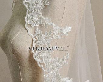 Lace Wedding Veil, Lace Bridal Veil,Fingertip Mantilla Veil, Vintage Inspired Rose Lace Veil, Mi Bridal Veil