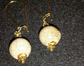 2g-0005: Bling earrings