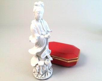 Vintage Porcelain Kwan Yin Guan Yin Statue Figurine Asian Goddess Blanc de Chine Chinoiserie Figurine - SALE
