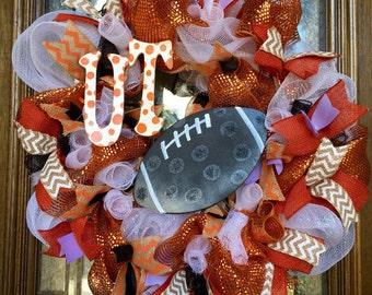 Customizable Football and School wreaths!!