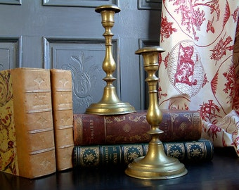 Set of 2 Antique french brass candlesticks. Antique brass candlesticks. French country. Rustic farmhouse. Traditional home