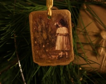 Vintage Victorian Christmas Ornament