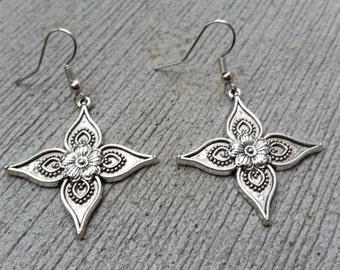 Sale! Silver Flower Dangle Earrings