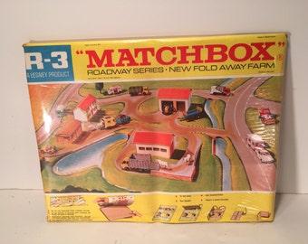 Vintage Matchbox R-3 Roadway Series Fold Away Farm