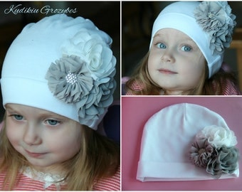 Cotton hat with flowers