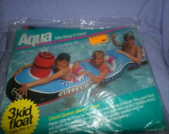 Pool Float Boat Queen Merry 3 person NIP 1993 Cool Water kids  ages 6- 10 who can swim swimming
