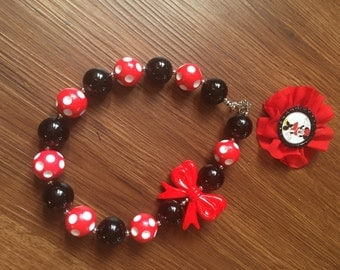 Minnie necklace and clip