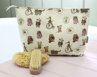 Children's Wash Bag - multi character