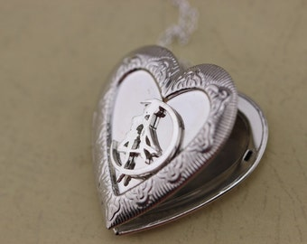 Silver Sailor Moon Locket Heart Necklace Christmas Gifts C4L4_S