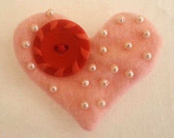 Felt Heart Pin with Vintage Button,Hand Beaded Pearl Heart Pin,Vintage Button Pin,Valentine Pin,Pearl Pin with Vintage Button,Vintage,Pin