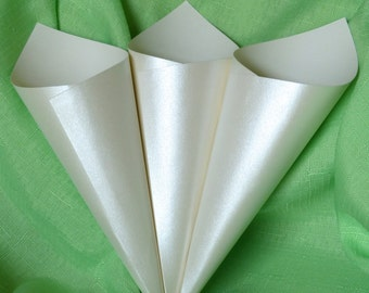 Ivory Shimmer Confetti Cones - wedding confetti cones in a heavyweight pearlescent ivory colored card stock.