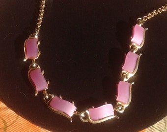 Vintage Lavender Lucite Choker/Necklace 1950's