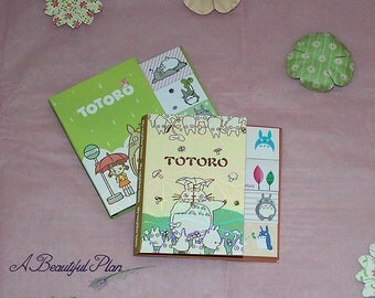 Totoro sticky note fold-out book