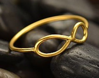 Gold Infinity Ring. Sizes 6,7, and 8. Item 065.