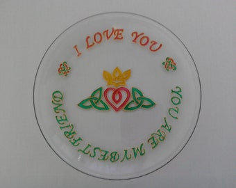 Celtic Love Glass Plate - hand painted with knotwork Claddagh and message of love