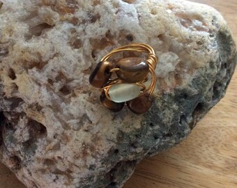 Wire wrapped ring with semi-precious stones