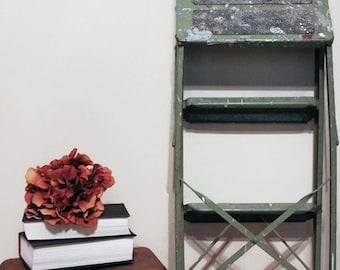Vintage Green Metal Step Ladder,  Metal Ladder, Green Ladder, Vintage Ladder, Vintage Step Ladder, Step Stool Ladder, Industrial Decor