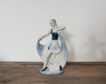 Dancing Figurine (Japan)