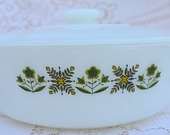 Vintage Anchor Hocking Fire King Covered Casserole Meadow Green Pattern