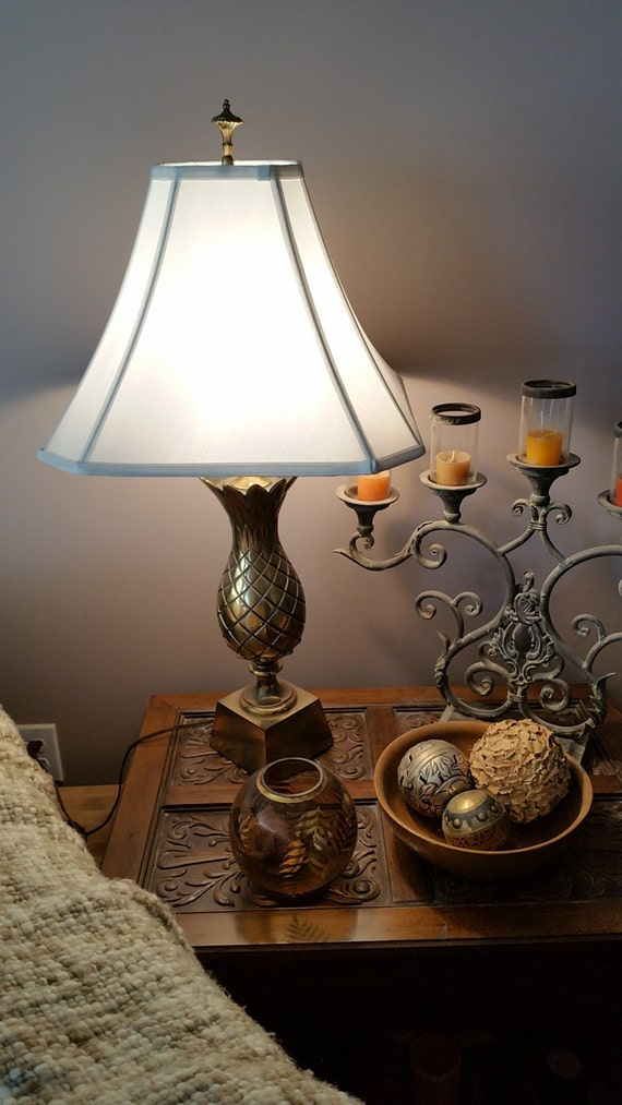 midcentury brass pineapple table lamp 1960s hospitality. Black Bedroom Furniture Sets. Home Design Ideas