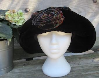 Velvet slouchy Hat, Black, Ladies Hat, 1980s