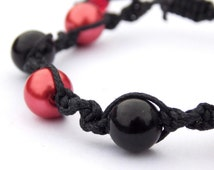 Red and Black Glass Pearl Bracelet