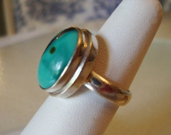 Sterling Silver and Turquoise Stone Ladies Ring, Size 6.5.