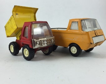 Toy Trucks 2pc