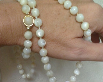 Vintage Mother of Pearl Bead Necklace - Hand Knotted (1950s)