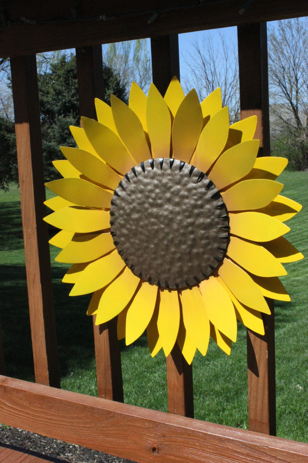 Metal flower garden decor hand cut metal flower metal wall for Flower garden decorations