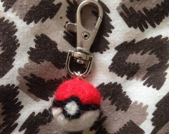 Pokeball keychain, pokemon gift, needle felted keyring limited item