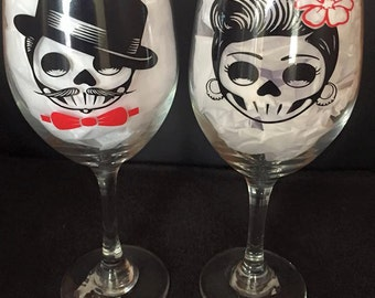 Day of the Dead, Sugar Skull, Couples Wine Glasses