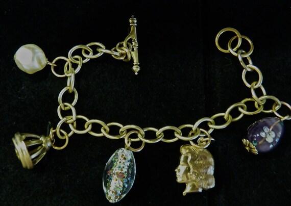 MURANO BEAD VINTAGE BoHo Gold Tone Charm Bracelet circa 1980's