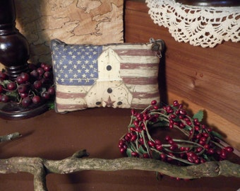 Shelf Pillow Tuck: Primitive Rustic Americana Pillow Tuck with Mini Indian Head  Button