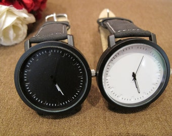 Couple Watches Wrist Watches Black and White 2 Watches