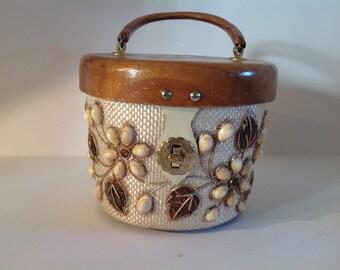 A 1960s novelty box handbag