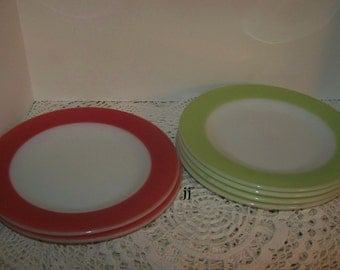 Vintage Pyrex Dishes