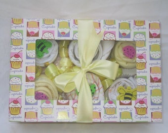 Cupcakes for Baby... Onesies rolled-up into Cupcakes. (6 pack)