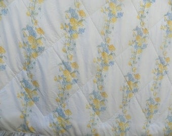 """Vintage Laura Ashley Floral Comforter-Reversible-Ruffled-70"""" by 92"""""""