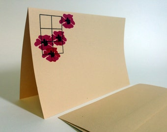 Vintage Set of 10 Violet Flowers Note Cards with Envelopes by Danalco